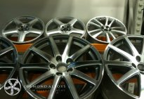 Diamond Cut Alloys Wheels