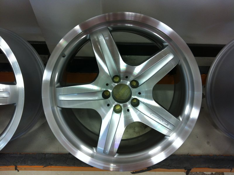 Mercedes amg alloy wheels diamond alloys for Mercedes benz mag wheels