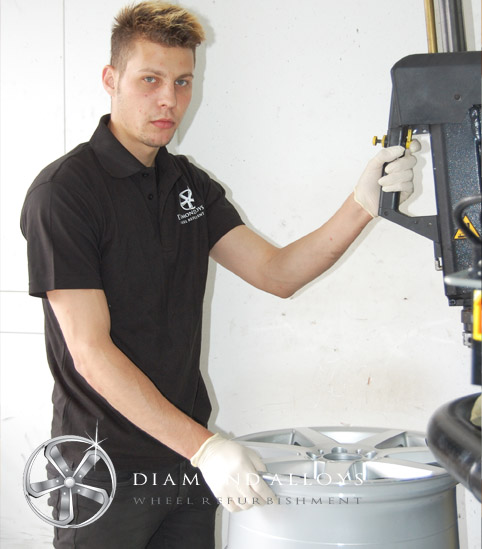 diamond-alloys-new-tyre-fitter-member-andrei
