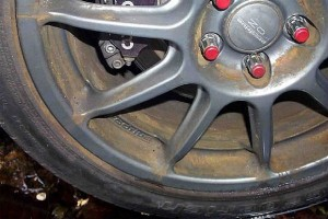 how to clean heavy brake dust off chrome wheels