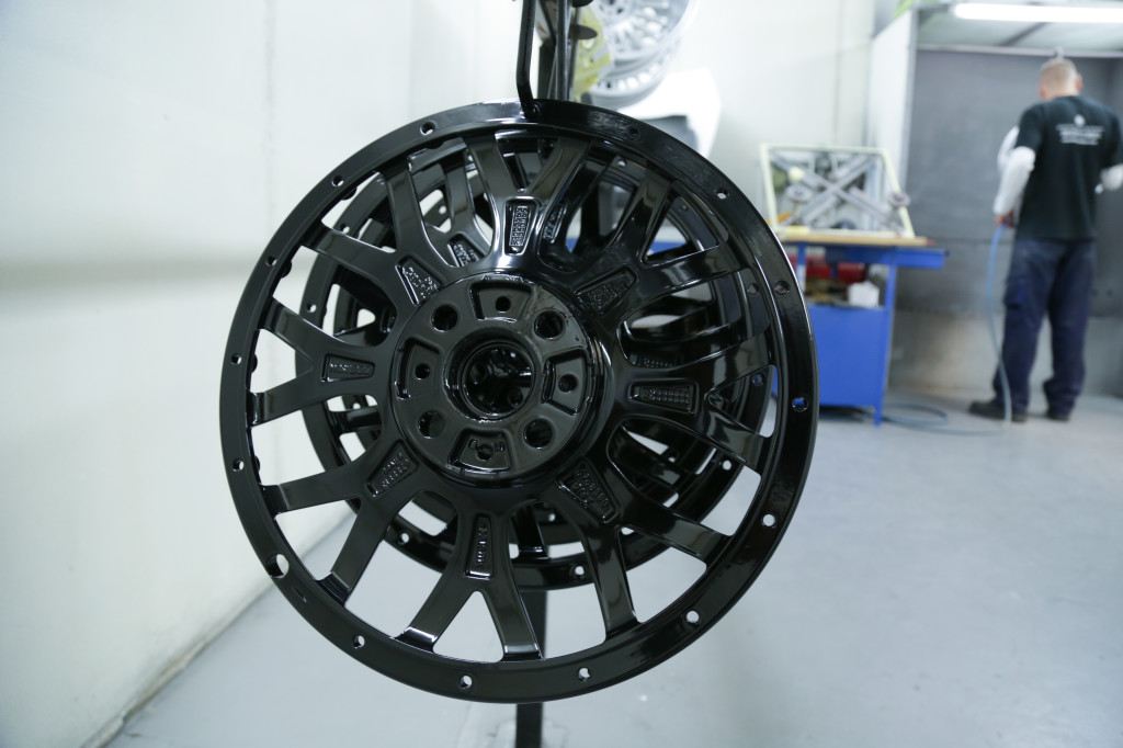 split-rim-alloy-wheel-refurbishment
